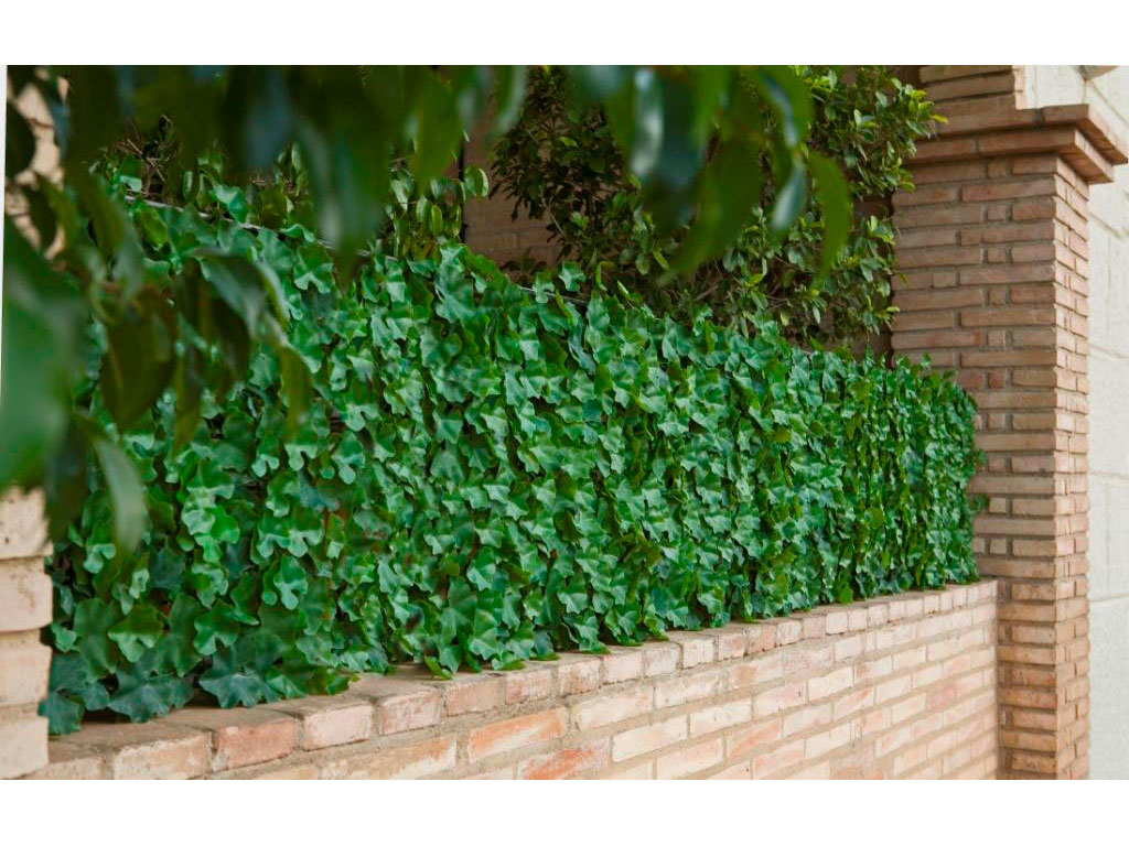 Nius chevroni garden for Malla para jardin vertical